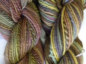 Showing the difference between the 2 ply and the navaho ply